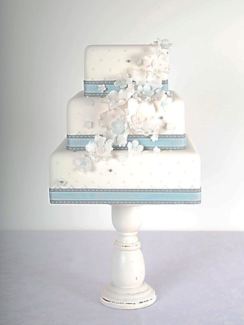 Elegant Wedding Cakes Sligo Ireland