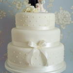Elegant 3 tiered Wedding Cake.