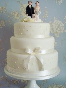 Elegant Wedding Cakes Sligo Ireland